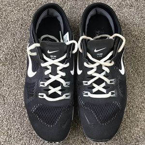 Nike Shoes - Nike Free TR FIT 4 Black White Sneaker Shoes 8.5